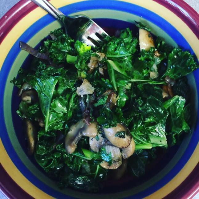 kale-and-mushroom-salad